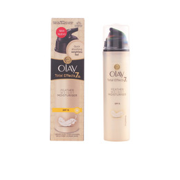 TOTAL EFFECTS textura ligera crema día SPF15 50 ml de Olay